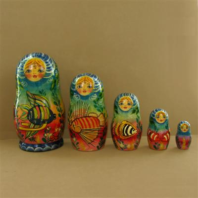 3883803_a-Lady-Tropical-Fish-5-Piece-Russian-Nesting-Doll