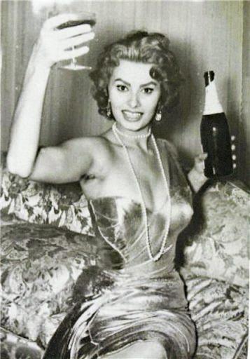 sophia-champagne-2